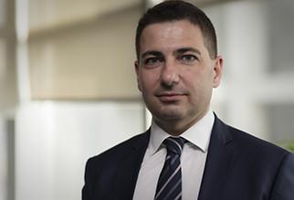 Auszeichnung in England für den Yorglass CFO Herrn Uğur Şeker