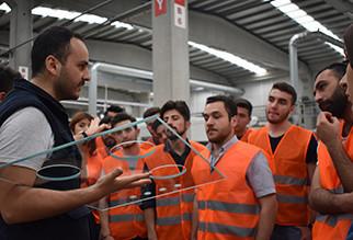 Üniversite öğrencileri ''Camcı'' oldu Yorglass mühendislik fakültesi öğrencileriyle bir araya geldi